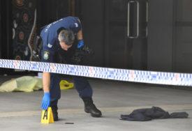 UPRKOS STROGIM ZABRANAMA Policija upala u stan i zatekla 80 ljudi bez maski, a kondomi razbacani na sve strane