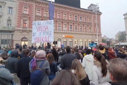 PROTEST U ZAGREBU Građani nezadovoljni mjerama, TRAŽE UKIDANJE NACIONALNOG ŠTABA