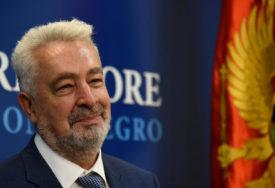 """KRIVOKAPIĆ PORUČUJE """"Vlada za sada nema podršku Centralne banke"""""""