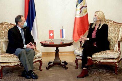 DOBRI REZULTATI NA ZAJEDNIČKIM PROJEKTIMA Cvijanovićeva razgovarala sa ambasadorom Švajcarske