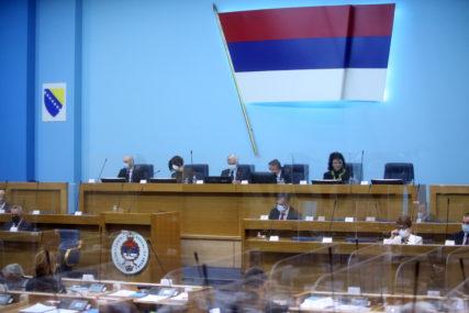 """Oštra reakcija NSRS na Inckovu odluku: Do 15 godina zatvora za nazivanje Republike Srpske """"genocidnom"""""""