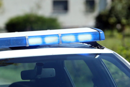 TEŠKA NESREĆA Automobilom uletio u pijacu, povrijeđeno 13 osoba