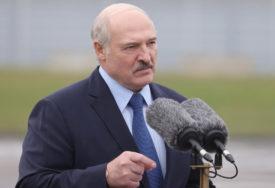 """RUSIJA MU PORUČILA DA """"ODRŽI OBEĆANJE"""" Bjeloruski lider najavio odlazak sa vlasti, ali IMA JEDAN USLOV"""
