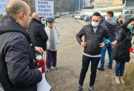 ODBLOKIRAN MAGISTRALNI PUT U DOBOJU Okupljenima se obratio Boris Jerinić