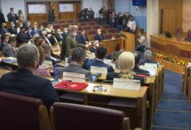 PREDLOŽENO USVAJANJE PO SKRAĆENOM POSTUPKU Skupštini dostavljen prijedlog izmjena Zakona o slobodi vjeroispovijesti