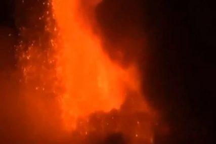 PRORADILA ETNA Najveći vulkan u Evropi izbacuje lavu 100 metara u visinu (VIDEO)
