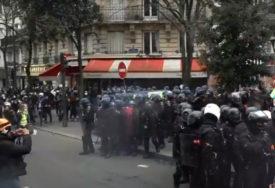 NOVI NEREDI U FRANCUSKOJ Hiljade ljudi na ulicama zbog novog zakona o bezbjednosti (VIDEO)