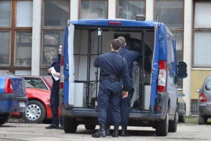 Policajac i snajperista vrebali šefa klana: Uhapšene osobe koje su planirale likvidaciju TRI KLJUČNA ŠKALJARCA
