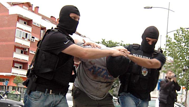 HAPŠENJE U GRADIŠKI Tukli se pa ometali policiju u njihovom radu