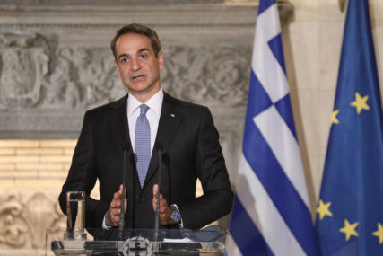 """""""APSOLUTNI PRIORITET MINISTARSTVA"""" Grčka razvija plan za vakcinaciju građana u 1018 centara"""