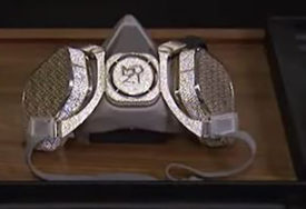 VRIJEDI CIJELO BOGATSTVO Rusi napravili masku od dijamanata i bijelog zlata (VIDEO)
