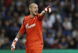 NEPRIKOSNOVEN Milan Borjan najbolji golman u Ligi Evrope