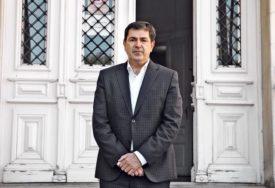 """""""PRETEŠKA NOĆ ZA NAMA"""" Dr Ašanin tvrdi da kovid bolnica u Batajnici nije došla u pravom, nego u POSLJEDNJEM TRENUTKU"""