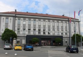 KOZARSKA DUBICA NAKON ZEMLJOTRESA Štetu prijavilo oko 500 građana, potreban smještaj za 10 porodica