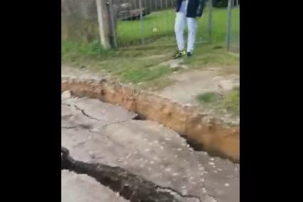 ZEMLJA SE OTVORILA Apokaliptični snimak iz epicentra zemljotresa u Hrvatskoj (VIDEO)