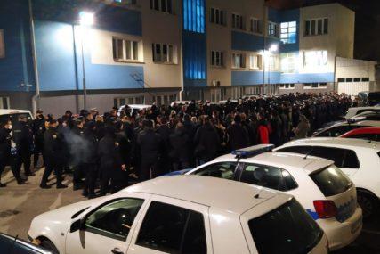 NA TERENU 250 POLICAJACA U toku velika akcija u BiH, pretresi na 17 lokacija (FOTO)