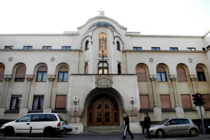 ZDRAVSTVENI PROBLEMI Saboru SPC će predsjedavati vladika Vasilije umjesto hospitalizovanog Lavrentija