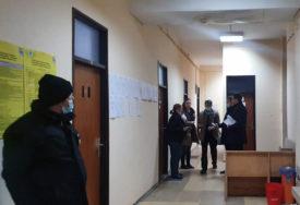 IZLAZNOST DO 19 SATI 55 ODSTO Prvi preliminarni rezultati izbora u Mostaru večeras u ponoć