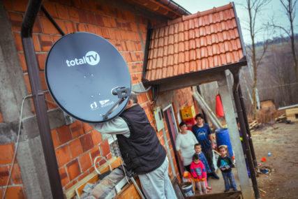 Total TV i Telemach NASTAVLJAJU SA DONACIJAMA: Servis Total TV-a za VIŠEČLANE socijalno ugrožene porodice u BiH (FOTO)