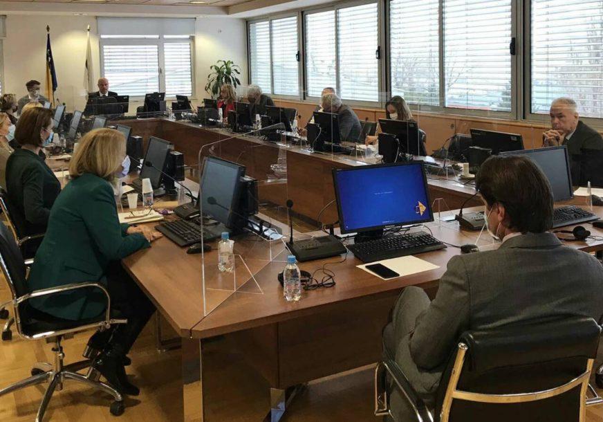 Korumpirane sudije i tužioci ZAŠTIĆENI KAO BIJELI MEDVJEDI: Nove optužbe na račun pravosuđa potvrđuju staro pravilo