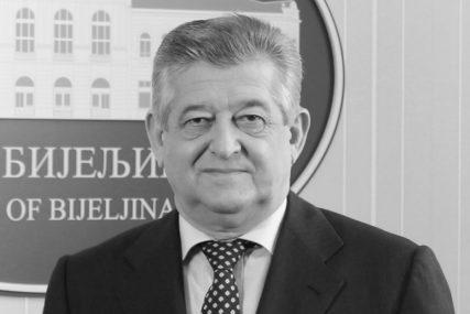 MIĆO MIĆIĆ (1956-2020.) - Sinonim za kompromis i DOGOVOR