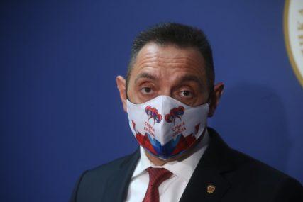 """""""Ne treba njima istina"""" Vulin poručio da Srbija treba da preispita politiku prema EU"""