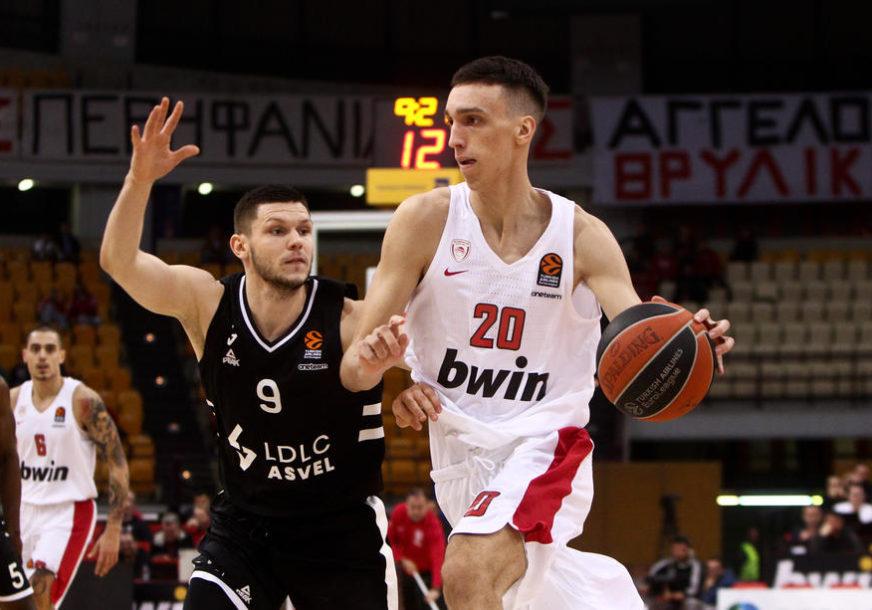 """PONOVO TEMA U NBA Talentovani Srbin """"ZALIJEPIO"""" NBA zvijezdu (VIDEO)"""