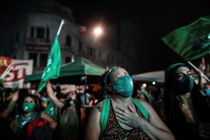 ISTORIJSKI DAN U ARGENTINI Prva zemlja Južne Amerike koja je legalizovala abortus