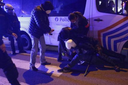 NOVE BAHANALIJE Policija upala na žurku zbog kršenja mjera pa zatekla 50 GOLIH FRANCUZA, a tek kad čujete gdje se sve odigralo