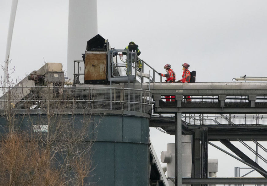 BROJ POGINULIH PORASTAO NA ČETIRI U trenutku eksplozije bili na cisterni s hemikalijama