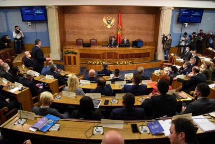 TAČKA NA SUKOBE Usvojene izmjene zakona o slobodi vjeroispovijesti u Crnoj Gori