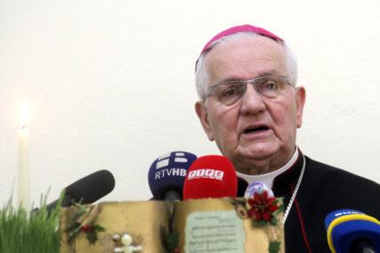"""Biskup banjalučki Komarica poslao uskršnju poruku """"Graditi nove staze bratstva i povezanosti među ljudima"""""""