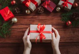 Izaberite IDEALAN POKLON za predstojeće praznike: U vremenu darivanja preporučujemo UREĐAJE IZ M:TEL PONUDE (FOTO)