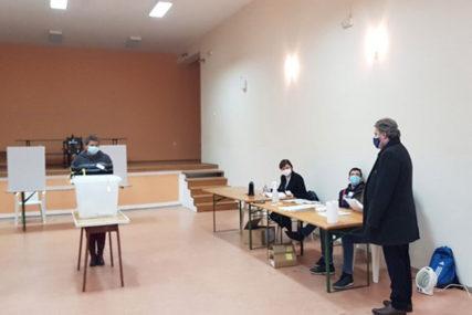 Završen prvi krug: Nakon TAJNOG GLASANJA u Mostaru u drugi krug idu kandidati SDA i HDZ