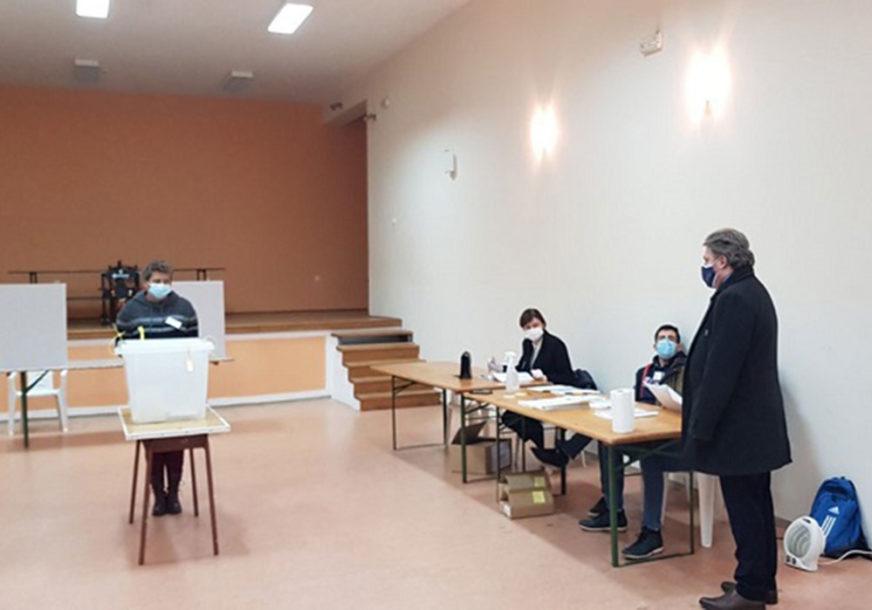 IZBORI U MOSTARU Ponovno brojanje listića sa sedam biračkih mjesta