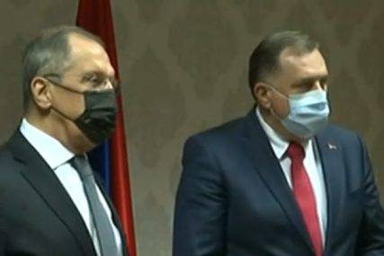 DIPLOMATSKI SKANDAL  Dodik sam na sastanku sa Lavrovom, Komšić i Džaferović nisu došli