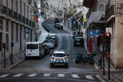 POVRIJEĐENO PET LJUDI Srušila se zgrada u centru Lisabona