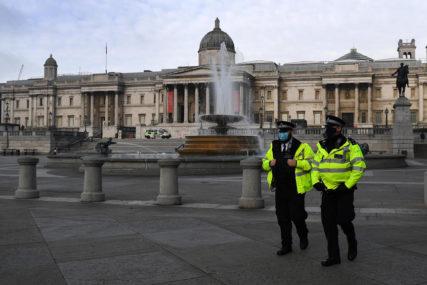 DRAMA U LONDONU Automobil POKOSIO PJEŠAKE, nekoliko ljudi teško povrijeđeno