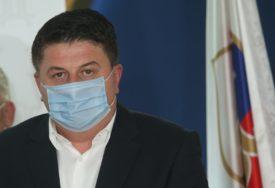 Radović zahvalio Vučiću za donaciju vakcina: Srbija pokazala humanost u borbi protiv korone
