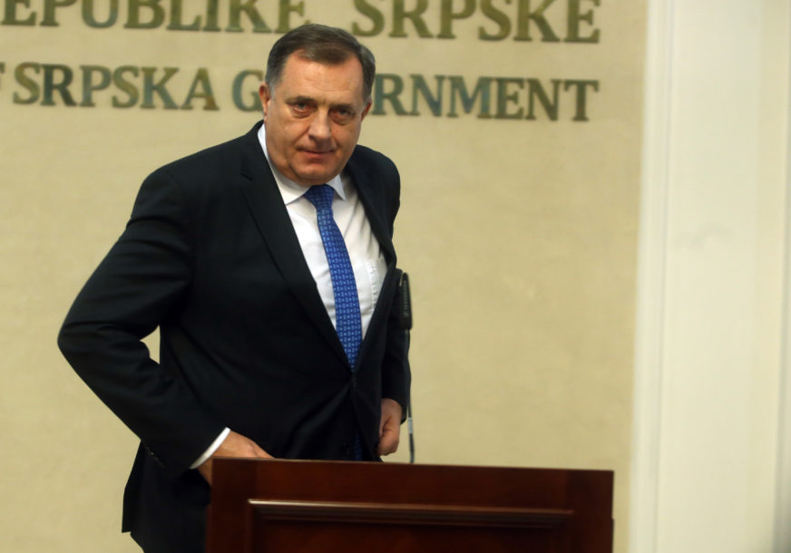 CRNA GORA DOBILA NOVU VLADU Dodik čestitao Zdravku Krivokapiću