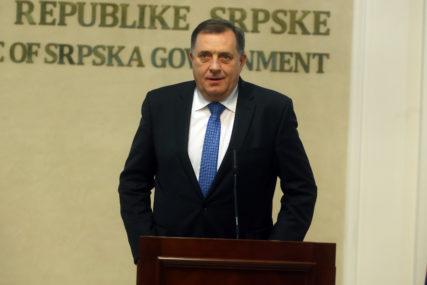 POZITIVAN NA KORONU Milorad Dodik stabilno, ali ima OBOSTRANU UPALU PLUĆA