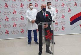 SP DONIRAO POMOĆ UKC Đokić: Potrebno udružiti snage kako bismo se uspješno izborili s pandemijom