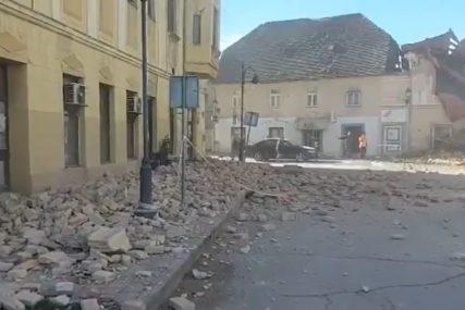 "GRADONAČELNIK PETRINJE OČAJAN ""Srušeno je pola grada, ne znamo imamo li MRTVIH I POVRIJEĐENIH"" (VIDEO)"