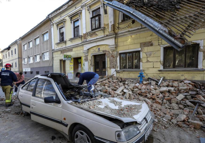 PRATE SITUACIJU NA TERENU Spasioci obišli 84 sela, nije bilo ljudi POD RUŠEVINAMA