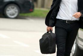 Mnogi i nakon ukidanja restrikcija u strahu: Svaki četvrti putnik odustaje od poslovnih putovanja