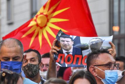 """""""PRODAVANJE ISTORIJE"""" Protesti u Skoplju zbog izjave Zaeva, TRAŽI SE OSTAVKA"""