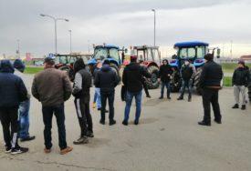 Farmeri najavili blokadu granica: I dalje ništa od  ograničenja uvoza svinjskog i goveđeg mesa iz EU