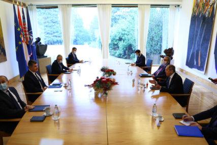 LAVROV ZAVRŠIO POSJETU HRVATSKOJ Na sastancima s državnim vrhom potvrđeni dobri odnosi i privredna saradnja