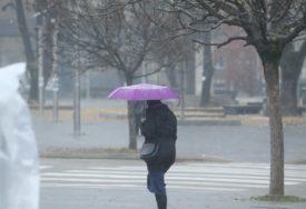 ZIMA POKAZALA ZUBE Danas hladno sa slabim snijegom, na Sokocu jutros izmjereno MINUS 16