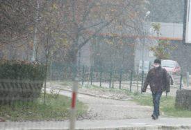 PAHULJE U BANJALUCI  Hladnoća i prvi snijeg, tokom dana bez povećanja temperature